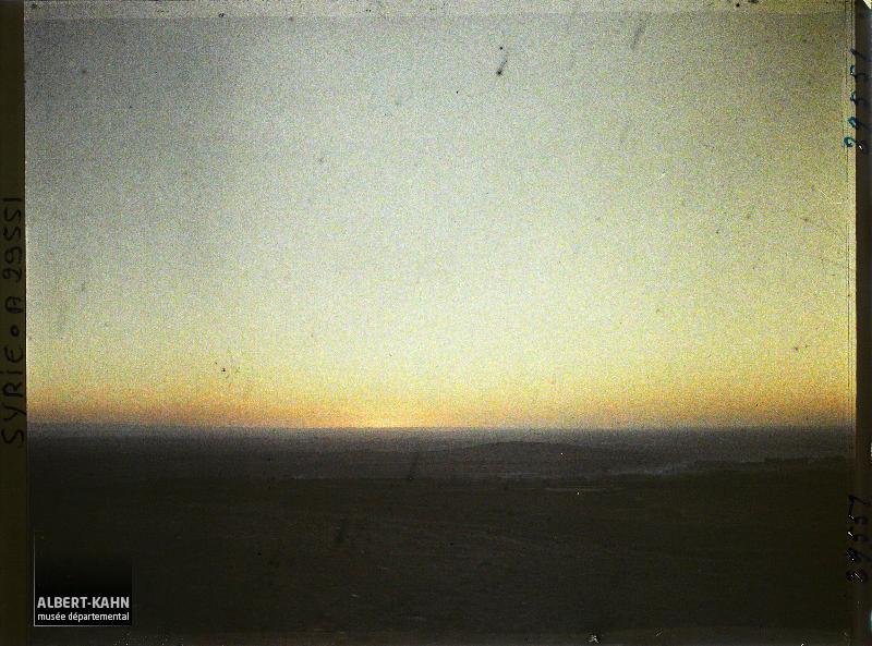 https://opendata.hauts-de-seine.fr/api/datasets/1.0/archives-de-la-planete/images/5d6555fbe034d462ab95edf6ff6784df