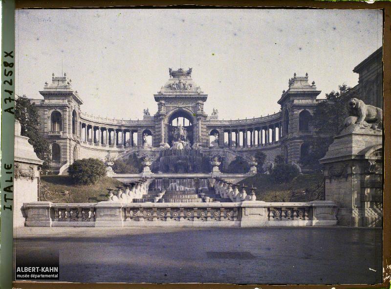 https://opendata.hauts-de-seine.fr/api/datasets/1.0/archives-de-la-planete/images/68060546b6234a7fe09a72bbb012624e