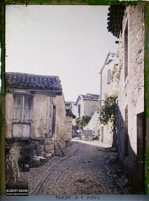 https://opendata.hauts-de-seine.fr/api/datasets/1.0/archives-de-la-planete/images/ca8d22ccca7938274f69b58da22f2ae8