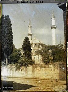 Turquie d'Asie, Scutari, Yéni - Validé Djami, vue d'ensemble. Yeni Valide Camii (mosquée de la Sultane-mère)