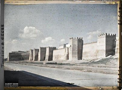 Tunisie, Sfax, Les remparts de la ville indigène.Les remparts de la médina