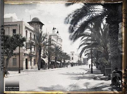Tunisie, Sfax, Av eme Jules Gau. L'avenue Jules Gau