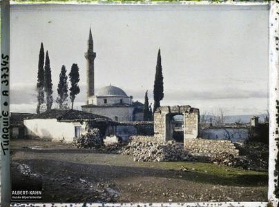 Turquie, Magnesie, Ruines et Mosquée d'Ibrahim Sjéléri. Ruines et mosquée d'Ibrahim Celebi