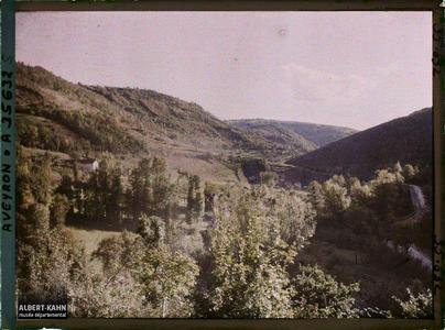 France, Vallée de l'Alzou, Vallée de l'Alzou prise des Gorogolles