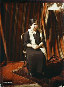 Syrie, Tripoli, Mademoiselle Cateb nièce de Monseigneur. Mademoiselle Cateb, nièce de Monseigneur Domani