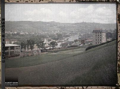 Espagne, Bilbao, La Vallée du Nervin en amont de Bilbao Vue vers l'aval