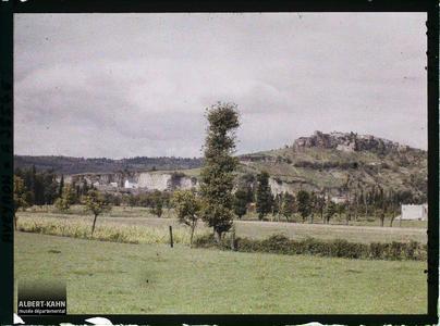France, St Julien d'Empeyre (Aveyron), Capdenac le haut vu de la route St Julien d'Empeyre à Capdenac Ville