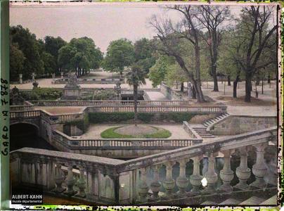France, Nîmes, Les jardins de la Fontaine Ensemble des Bassins