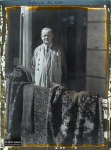 Irak, Bagdad, Portrait de Mr Cooke, directeur du Musée. Portrait de M. Cooke, directeur du Musée