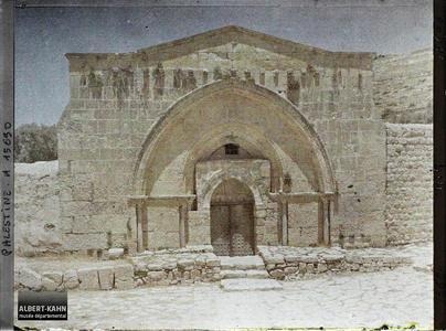 Palestine, Jérusalem, Tombeau de la Vierge. Entrée du tombeau de la Vierge