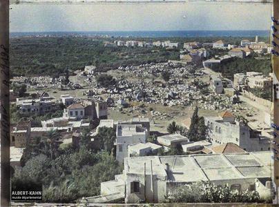 Syrie, Tripoli, Vue générale sur les cimetières Musulmans. Vue générale sur les cimetières musulmans