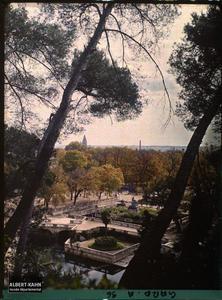 France, Paris, Parc.Jardins de la Fontaine