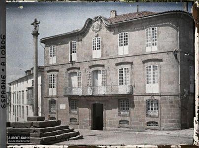 Espagne, La Corogne, La maison de Granite face à l'Eglise Sta Maria (Mon où est né, en 1754, Jose Cornide).
