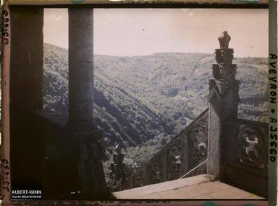 France, Najac, Partie de la rampe de l'escalier de l'Eglise