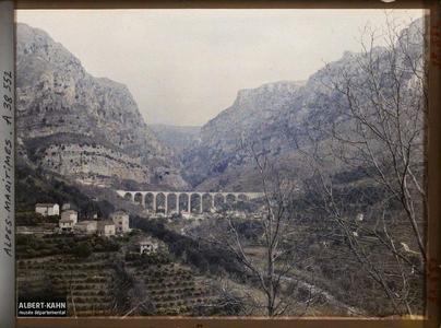 France , Le Loup , Gorges du Loup Vue du Viaduc