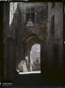 France, Cordes (Tarn), Aspect d'une porte de la ville haute