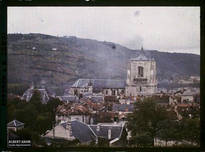 France, Villefranche de Rouergue (Aveyron), Eglise Notre Dame vue au Nord de Villefranche