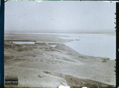 Irak, Assur, Le Tigre vu des ruines vers N.N.E. Vue sur le Tigre