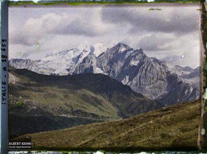 Tyrol, Wolkenstein, Col de la Sella, Vue générale du Glacier de la Marmolada.La Marmolada et son glacier