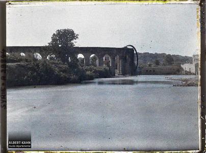 Syrie, Hama, Noria et aqueduc Guissirieh. Noria et Aqueduc Guissirieh