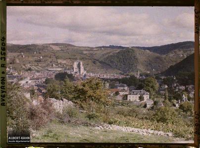 France, Villefranche de Rouergue (Aveyron), Villefranche, Vallée de l'Aveyron. Vue prise à l'Ouest de la Ville