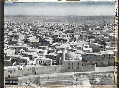 Syrie, Alep, Panorama vers l'entrée, pris du minaret de la Citadelle vers l'Ouest. Panorama d'Alep depuis la citadelle