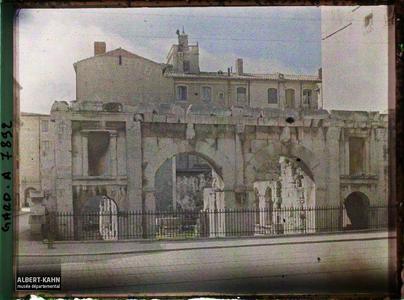 France, Nîmes, Porte d'Auguste.