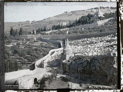 Palestine, Jérusalem, Tombeau d'Absalon, Cimetières juifs, Eglise Russe pont du Cédron. Tombeau dit d'Absalon (Yav Avshalom)