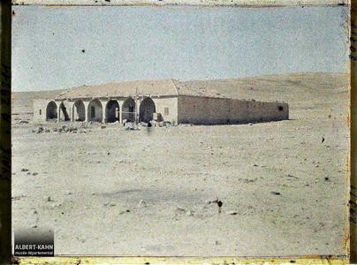 Syrie, Rte d'Aley à Damas, Le Khand'Aïn Djedeideh, Bivouac des 21, 22 et 23 juillet 1920.Un caravansérail