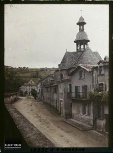 France, Villefranche de Rouergue (Aveyron), Vieille Eglise St Jacques, le clocher vu du Champ de foire
