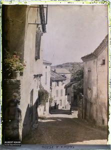 France, Cordes (Tarn), Rue descendant vers la ville basse