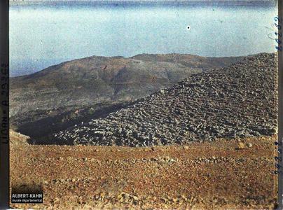 Syrie, Aley, Rochers karstiques dans le Liban (suite du précédent). Rochers karstiques