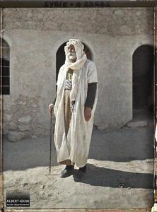 Syrie, Palmyre, Le Cheikh Abdallah, Bédouin sédentaire. Le cheikh Abdallah, chef bédouin «sédentarisé»