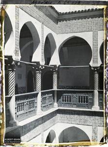 Algérie, Alger, Bibliothèque nationale - Galerie du 1er Etage (Mon de Mustapha Pacha (1798).La galerie du 1er étage de la Bibliothèque nationale (Dar Mustapha Pacha)