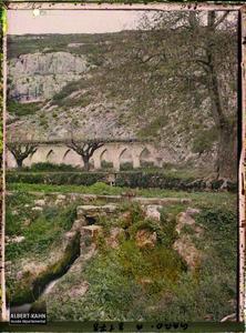 France, Uzès, Le lavoir de la fontaine d'Eure