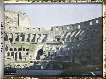 Italie, Rome, Le Colisée Intérieur.Colisée vue intérieure