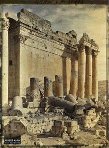Syrie, Balbeck, Péristyle ouest du Temple de Bacchus.Péristyle ouest du Temple dit de Bacchus