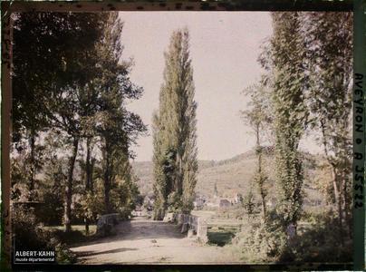 France, St Julien d'Empeyre (Aveyron), Entrée de St Julien d'Empeyre