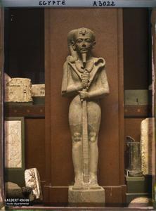 Egypte, Musée du Caire, Statue de Chonsou.Statue de Khonsou au musée égyptien