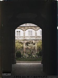 Espagne, Burgos, L'entrée du patio de la Maison du Cordon