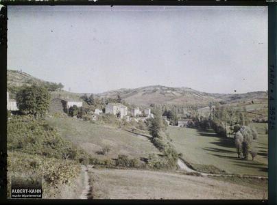 France, Cordes (Tarn), Les Abords de Cordes vus vers l'Est, en bas, l'extrémité de la Ville basse