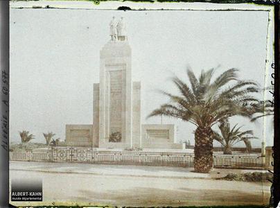 Algérie, Oran, Monument aux Morts 1914-1918. Monument aux Morts 1914-1918