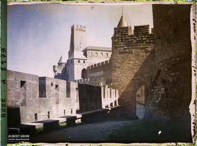France, Carcassonne, La porte du Sénéchal. La porte du Sénéchal, vue de l'intérieur de l'enceinte