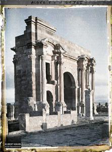 Algérie, Arc de Trajan au lever du Soleil