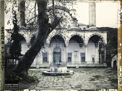 Turquie, Magnesie, Façade de la Mouradia- Djami. Façade de la Muradiye Camii