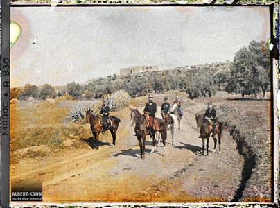 Maroc, Fez, Le Général Gouraud et son état-major. Le général Gouraud et son état-major